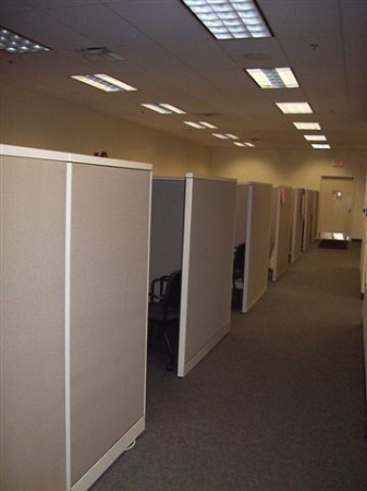 Cubicles in Rows Milwaukee