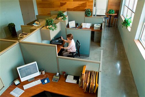 Sit-to-Stand Desks In Milwaukee